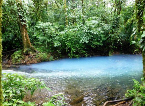 Le Parc national du Volcan Tenorio et le Rio Celeste