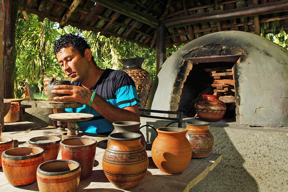 Ecomuseo de la Cerámica Chorotega en San Vicente de Nicoya - Pura Vida  University. Turismo de Costa Rica