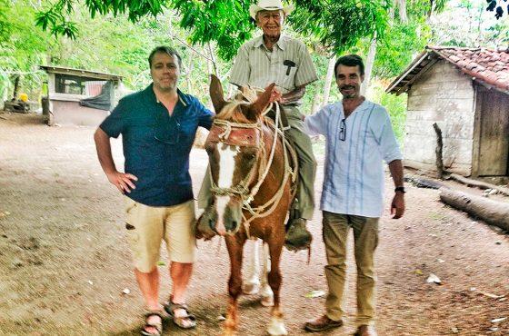 ¡Felicidades Pachito! Un artículo de Paco Nadal sobre la Península de Nicoya, paraíso de la longevidad