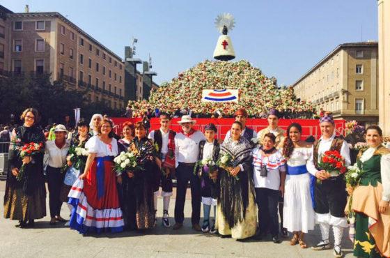 Costa Rica participa como país invitado en la tradicional ofrenda floral a la Virgen del Pilar